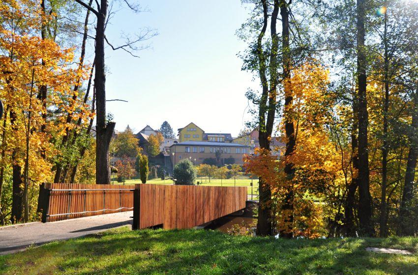 Podzim na Farčatech - 1600 x 1063