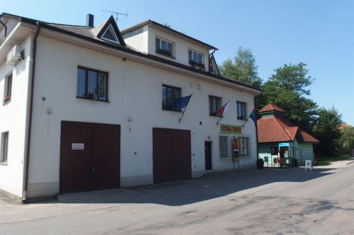 Obecní úřad Kameničky - 3968 x 2976