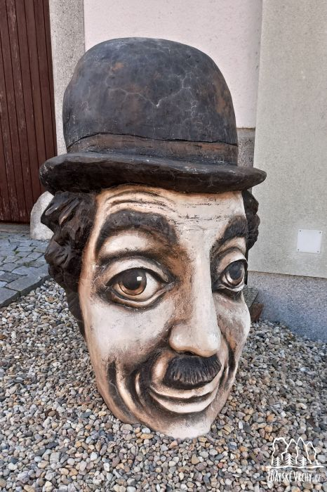 Charlie Chaplin - 1600 x 2400