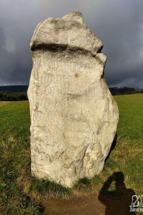 Monument Radka Jaroše - 900 x 1200